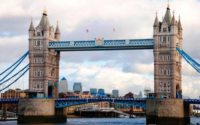 Tower-Bridge 7 pontos turísticos imperdíveis em Londres