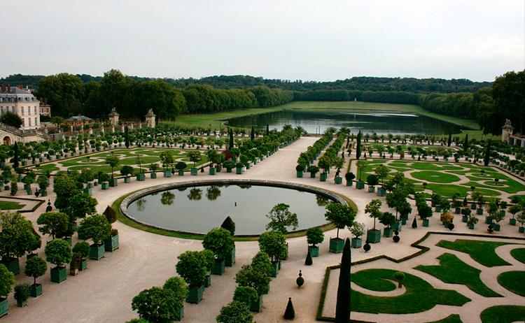 Versalhes-destinos-para-conhecer-na-frança 4 destinos para conhecer na França