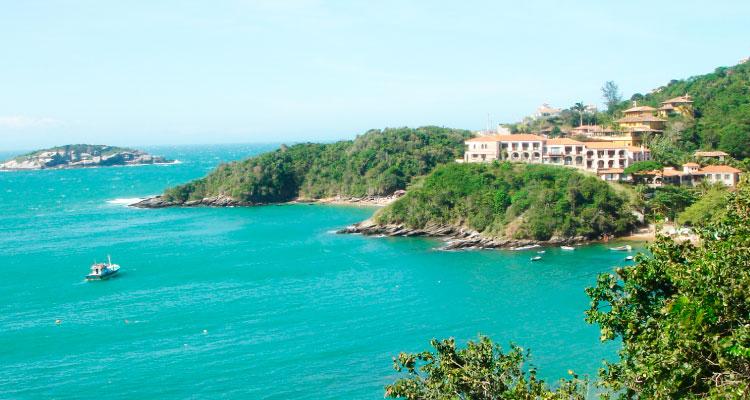 buzios-casamento-na-praia Casamento na praia: Conheça lugares no Brasil para oficializar sua união