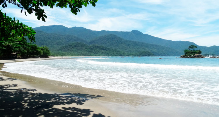 ilhabela-casamento-na-praia Casamento na praia: Conheça lugares no Brasil para oficializar sua união