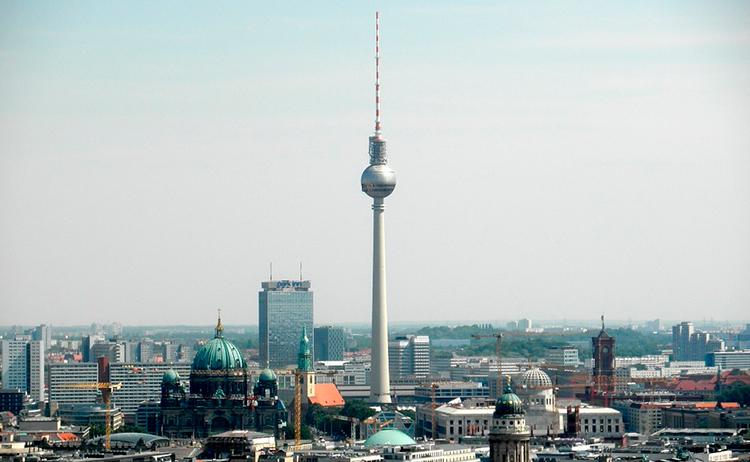 Berliner Fernsehturm (Torre de TV)