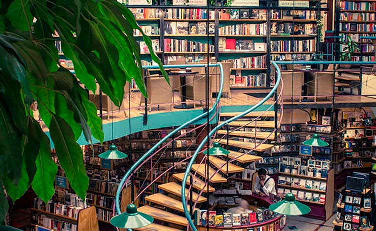 Cafetaria El Pendulo, México para amantes de leitura