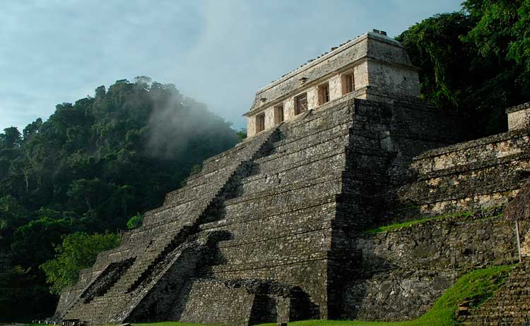 Conhecer a história da civilização Maia