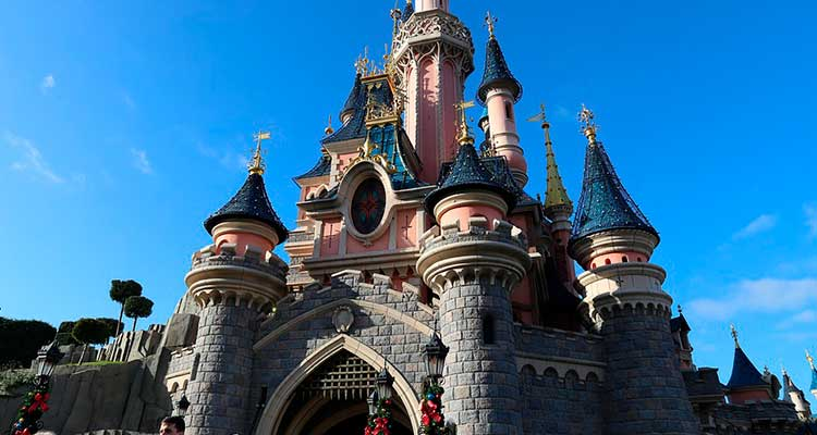 DisneyParis Que tal conhecer a Disney Paris com tudo pago?