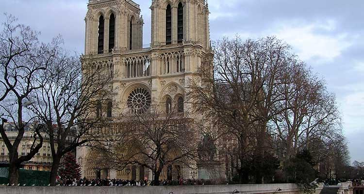 Curar a ressaca de Carnaval em Paris
