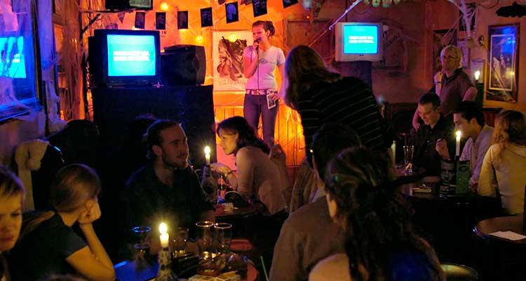 baresemSaoPaulocomkaraoke 6 bares em São Paulo para você conhecer