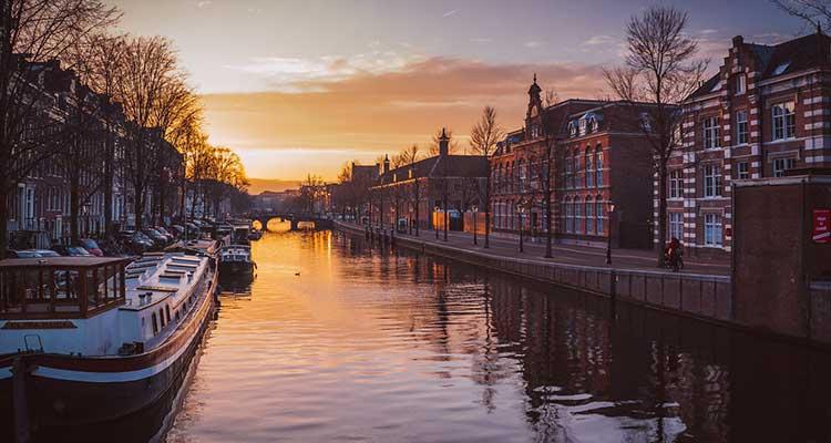 tremeurostar Novo trem da Eurostar vai te levar de Londres a Amsterdã