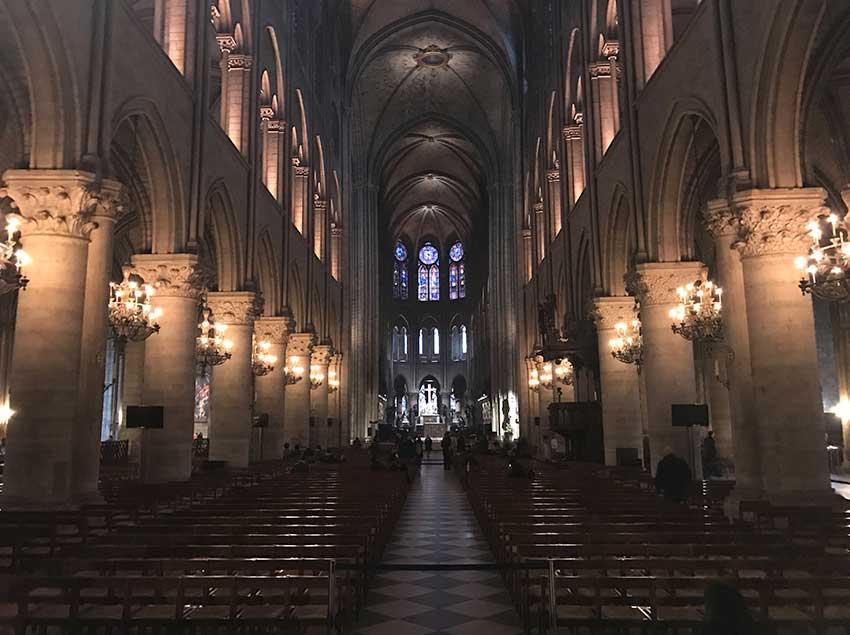Catedral-de-Notre-Dame O que fazer em Paris: saiba tudo