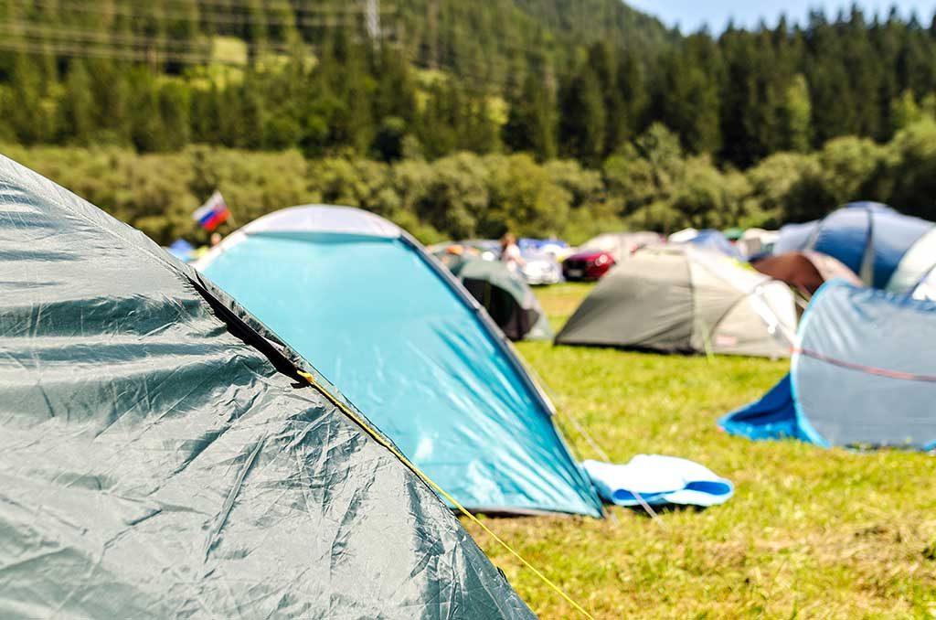 Acampamento-em-Camping-1024x678 Top 10 itens de acampamento que não podem faltar