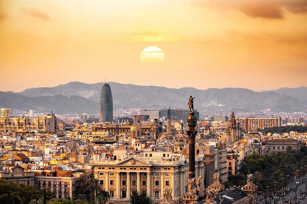 Barcelona-Espanha-1024x682 6 incríveis pontos turísticos da Espanha