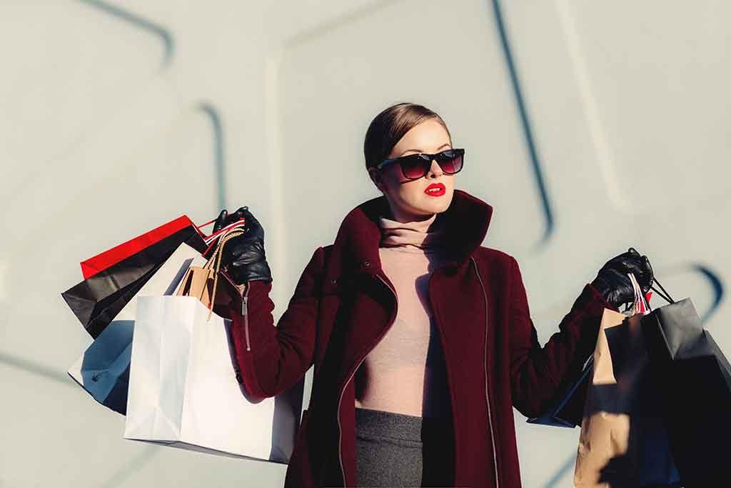 Compras-mulheres-1024x683 Saiba tudo sobre compras nos EUA
