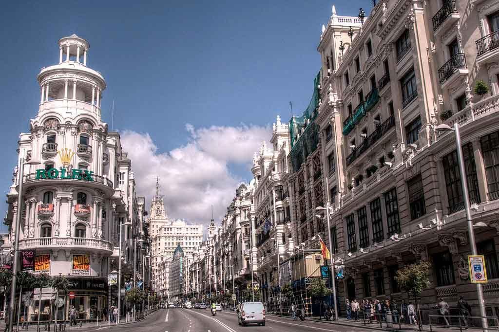Gran-Vía-Madrid-1024x682 O que fazer em Madrid em 3 dias: roteiro completo