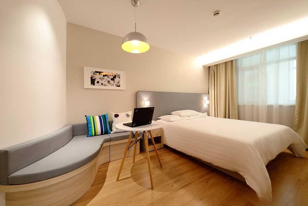Hotel-moderno-1024x684 Hotel, Hostel ou Airbnb? Qual é a melhor hospedagem?