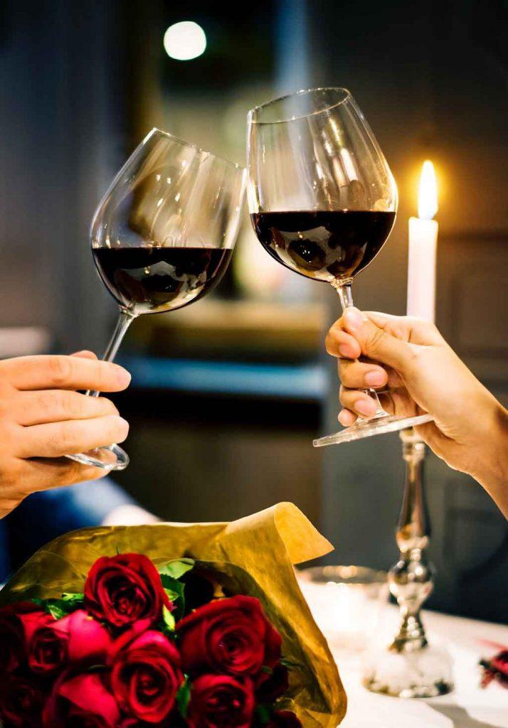 Jantar-Romantico-714x1024 Destinos românticos na Europa: para curtir ainda mais o seu amor