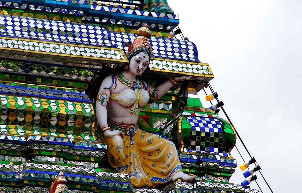 Krishna-1024x654 13 curiosidades sobre a Índia que você não sabe