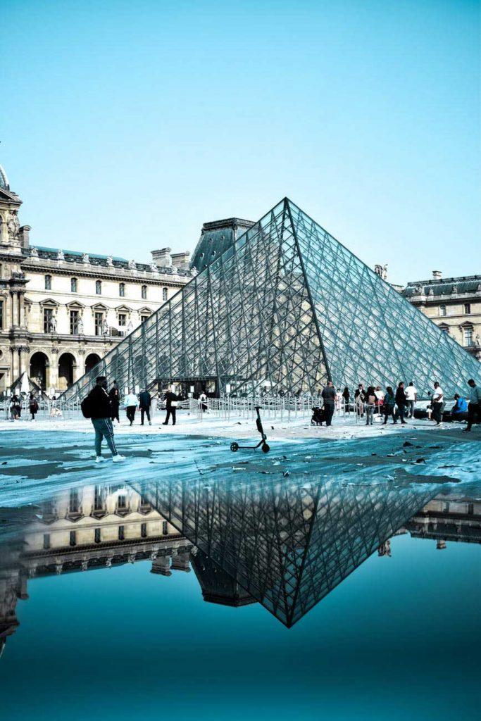 Paris-683x1024 Roteiro Europa 20 dias: 2 roteiros de viagem completos para sua Eurotrip