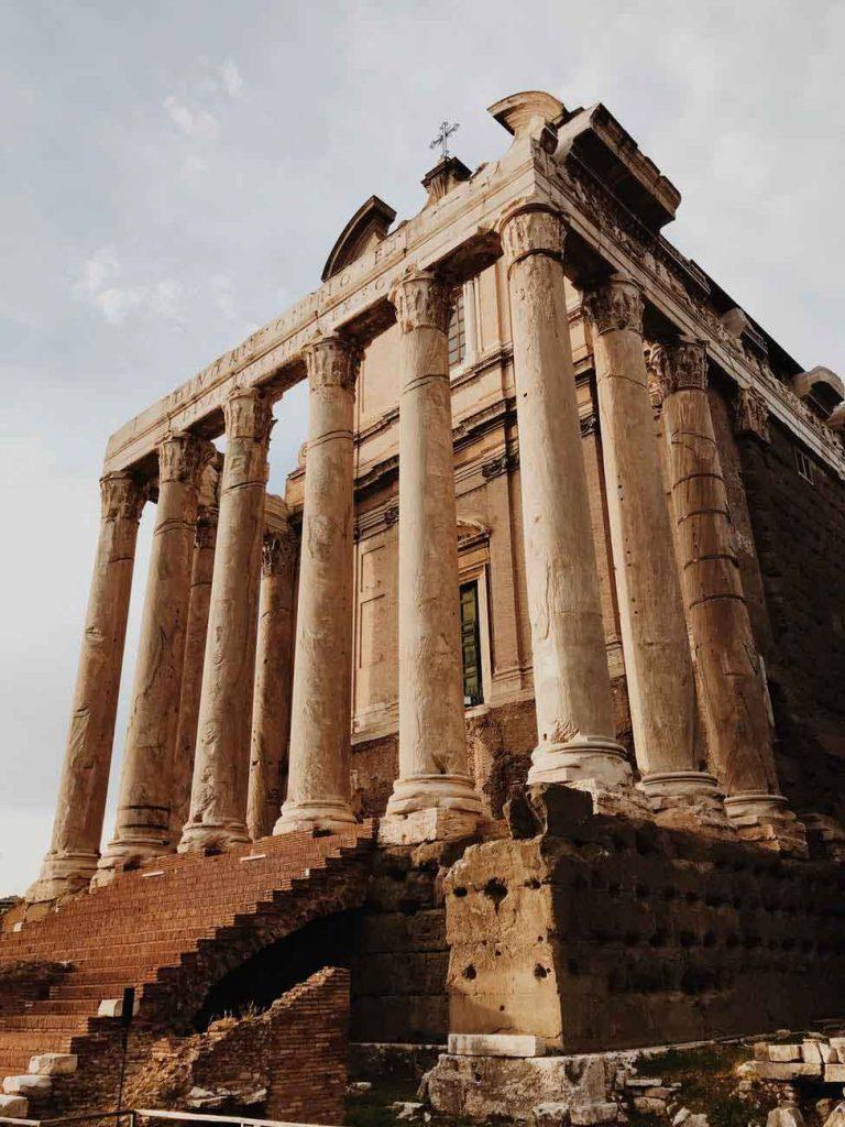 Roma-768x1024 Roteiro Europa 20 dias: 2 roteiros de viagem completos para sua Eurotrip