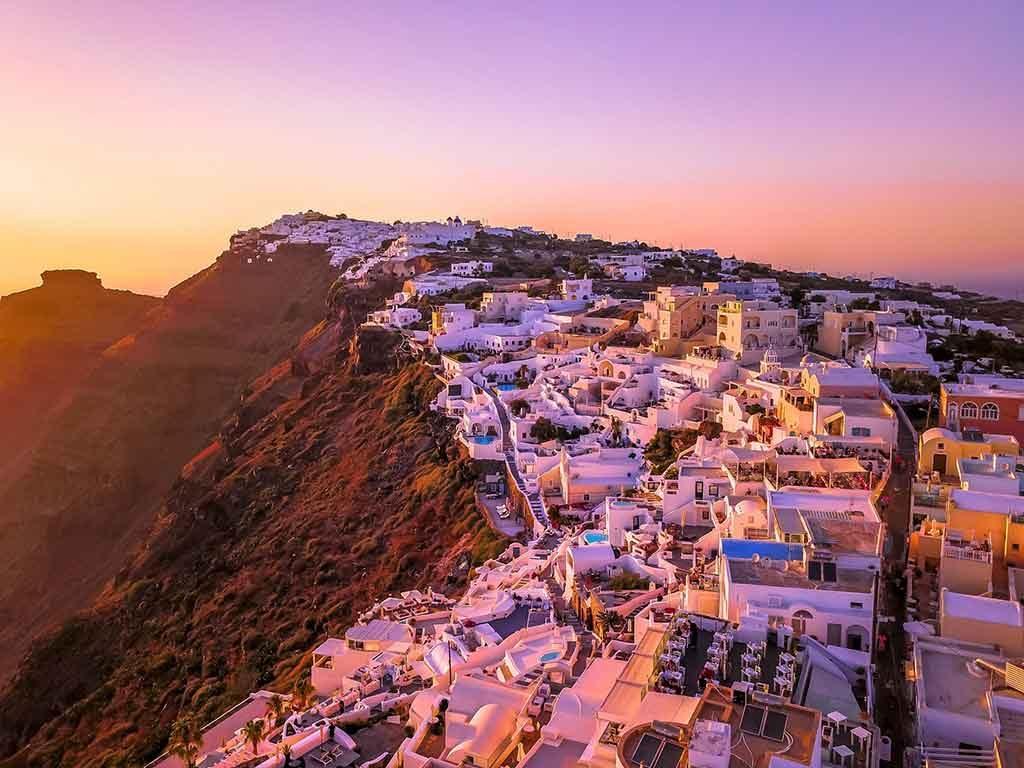 Santorini-grecia-1024x768 Destinos românticos na Europa: para curtir ainda mais o seu amor