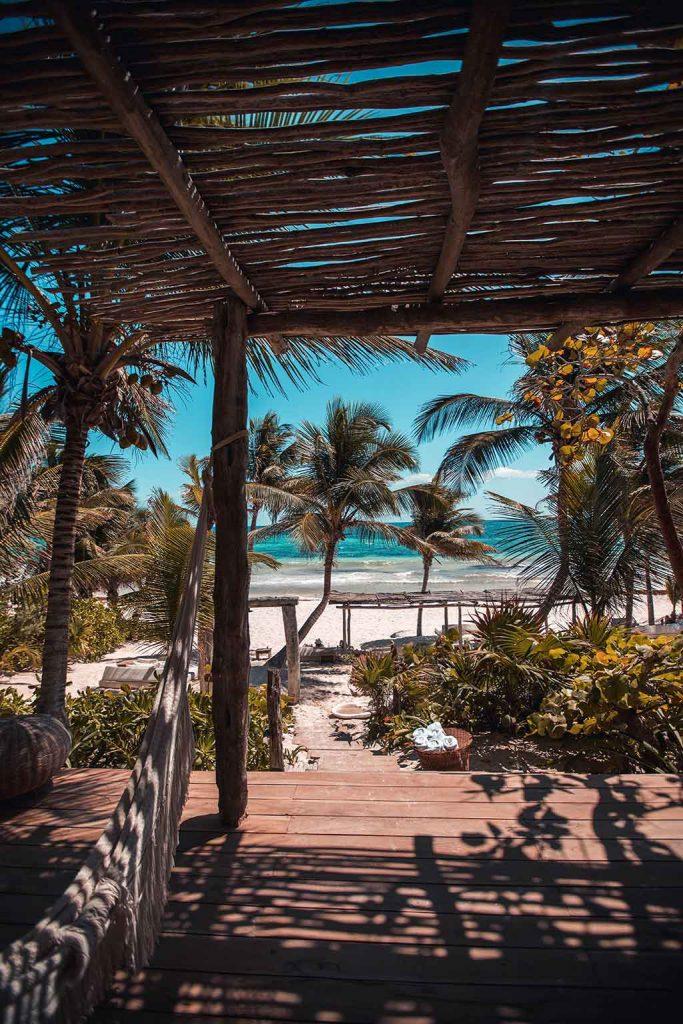 Tulum-Mexico-683x1024 Melhores praias do México: conheças as praias mais bonitas e paradisíacas para se divertir