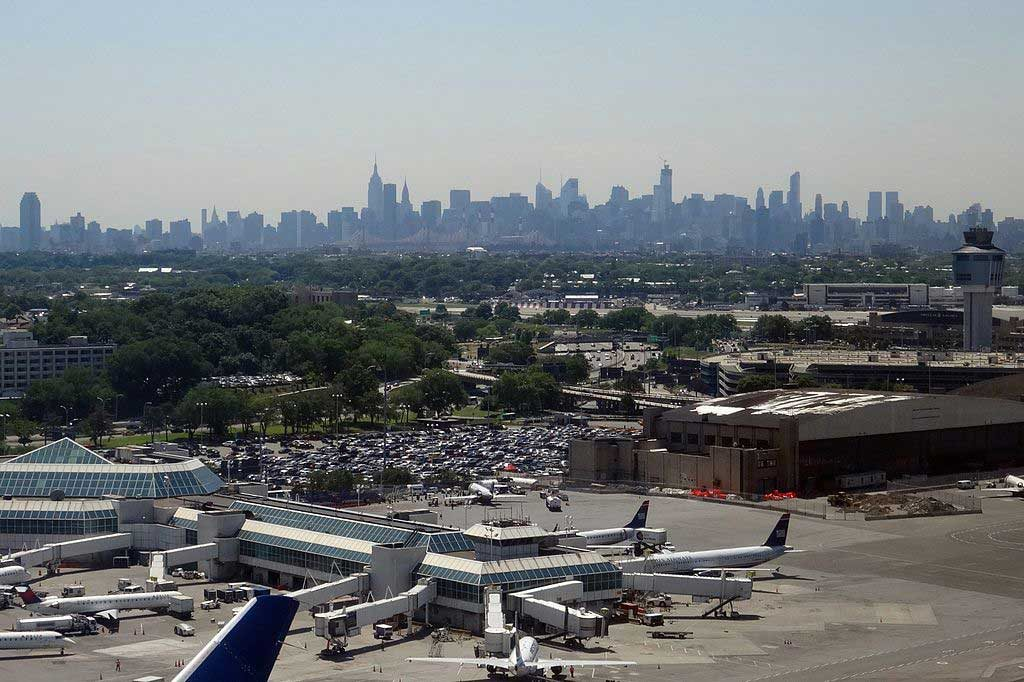 aeroporto-de-manhattan-1024x682 Dicas Nova York: Guia de sobrevivência para viajar a NYC