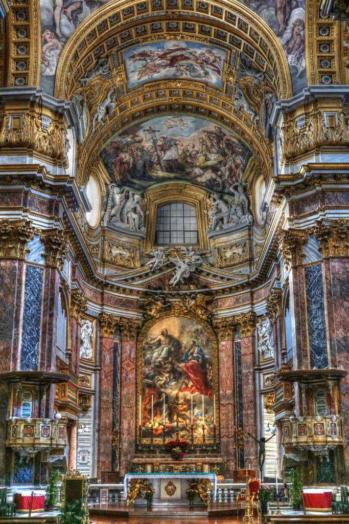 religiao-itali-683x1024 Seguro Viagem para Itália é obrigatório: como funciona