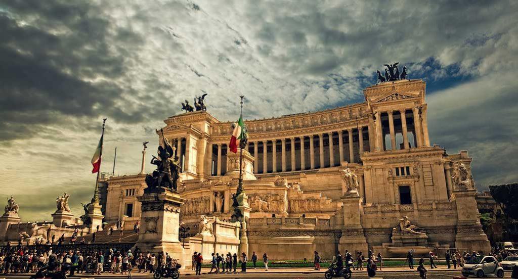 vittorio-emanuele-roma-1024x552 Cidades da Itália: lista com as 7 cidades mais bonitas da Itália