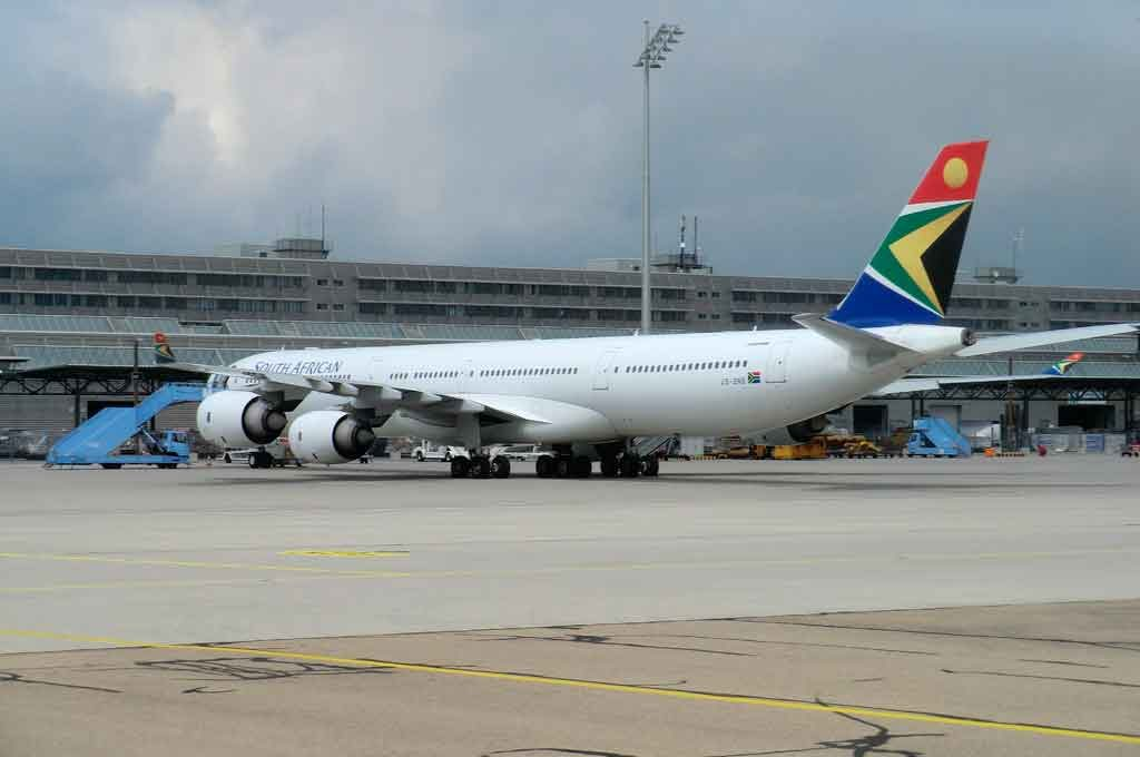 Aeroporto-Africa-do-Sul-1024x680 O que fazer na África do Sul: cidades, passeios e utilidades