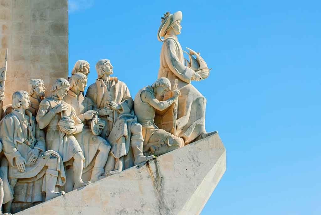 Monumento-aos-Descobrimentos-1024x685 Turismo em Lisboa: dicas, passeios e atrações turísticas
