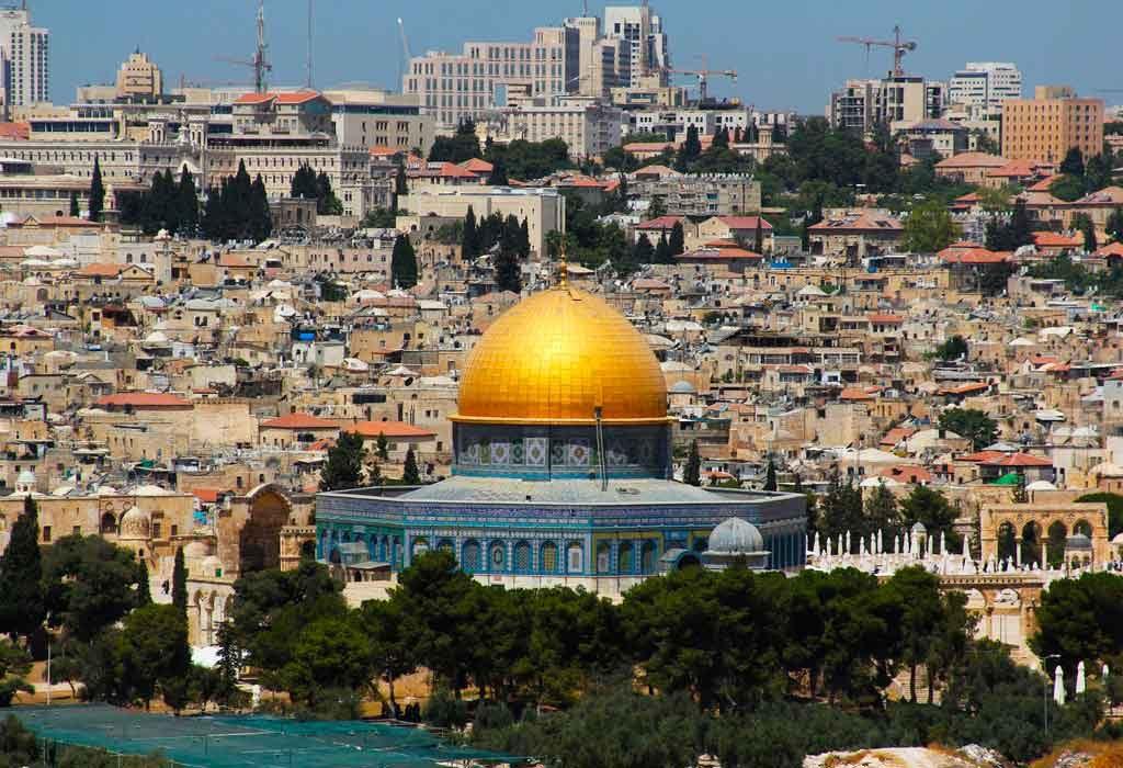 Peregrinação-1024x700 Turismo religiosos no Brasil e no Mundo: 11 rotas para praticar a fé