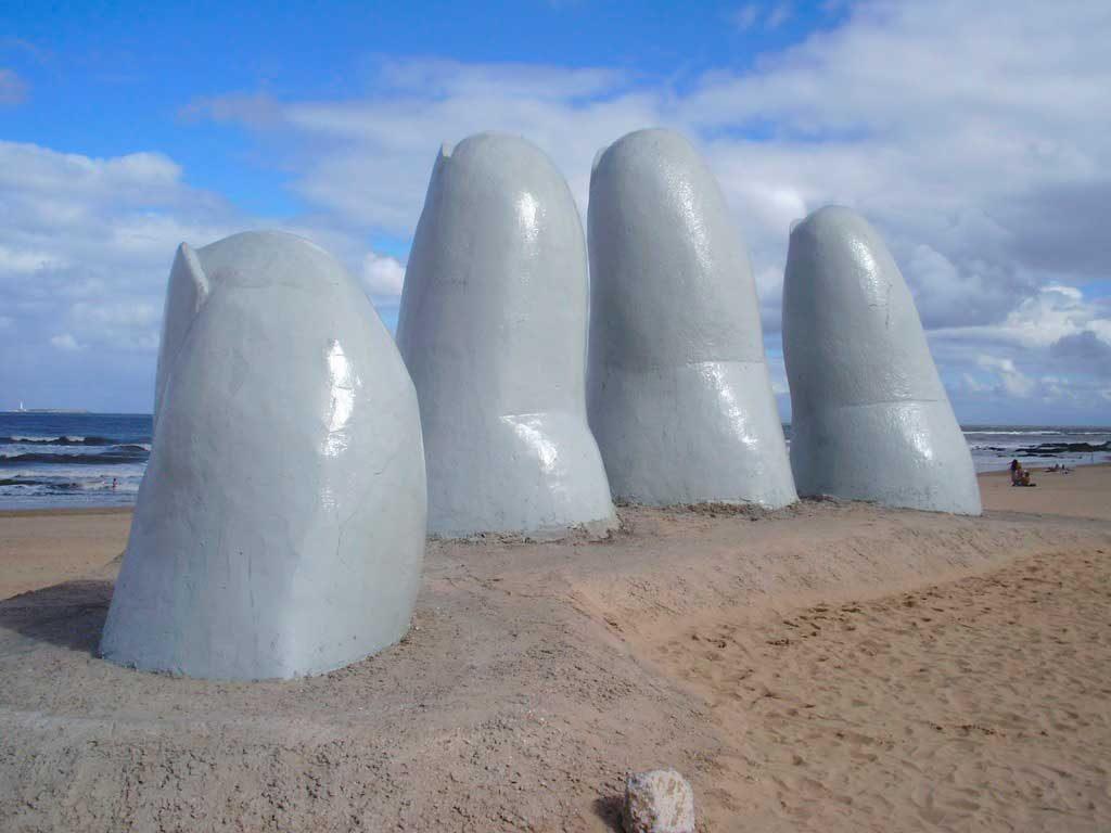 Punta-del-Leste-1024x768 Pontos turísticos do Uruguai: dicas, mapa e cidades turísticas