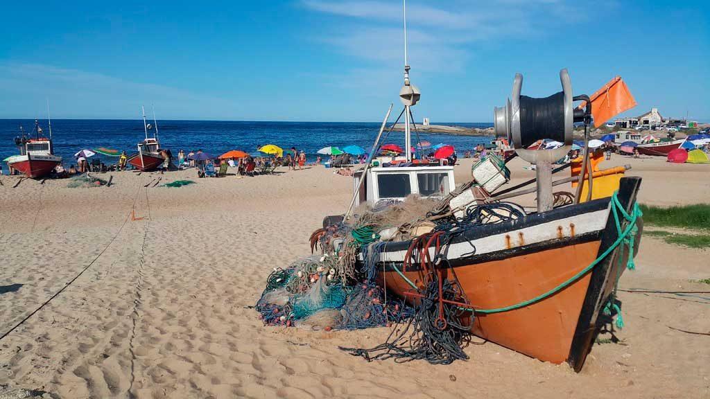 punta-del-diablo-1024x576 Pontos turísticos do Uruguai: dicas, mapa e cidades turísticas