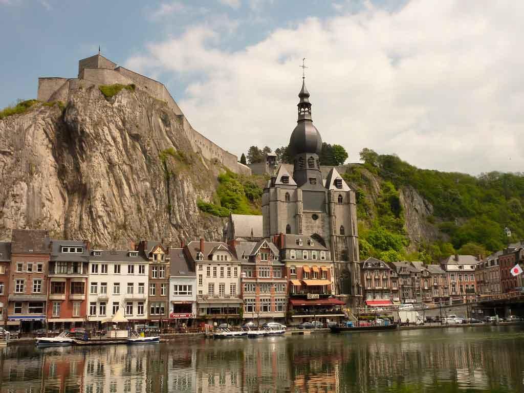 Dinant-belgica Turismo na Bélgica: dicas, passeios e atrações turísticas