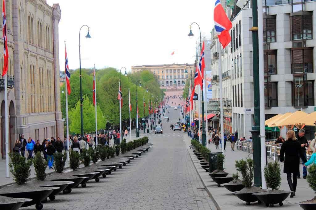 o-que-fazer-em-oslo-Karl-Johans-Gate-1024x683 Dicas de viagem para Noruega