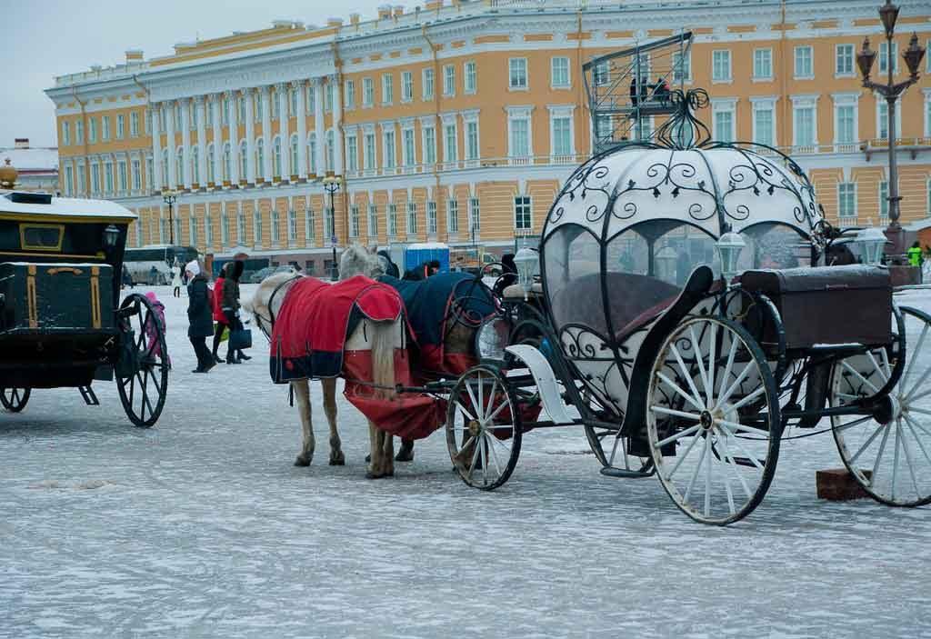 sao-petesburgo1-1024x703 Turismo na Rússia: quando ir, documentação e cidades turísticas